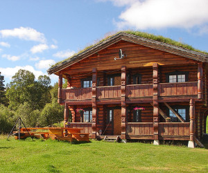 Det store stabburet har 2 leiligheter, hver med 6 senger.